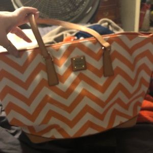 Beautiful Dooney & Bourke orange and white purse